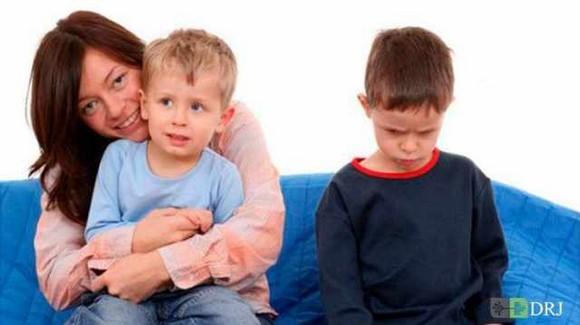 تبعیض بین کودکان