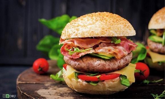 همبرگر لذیذ اما خطرناک