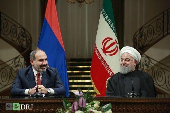 استقبال رسمی دکتر روحانی از نخست وزیر ارمنستان