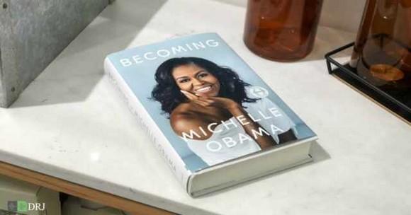 میشل اوباما Michelle Obama  بانوی اول پیشین آمریکا کتاب شدن